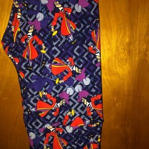 Disney LuLaRoe tc Captain Hook leggings villain